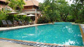 Zwembad aanleggen kosten prijzen en mogelijkheden for Binnenzwembad bouwen